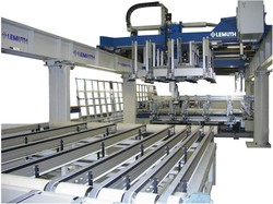 Automatic glass pane gluing machine